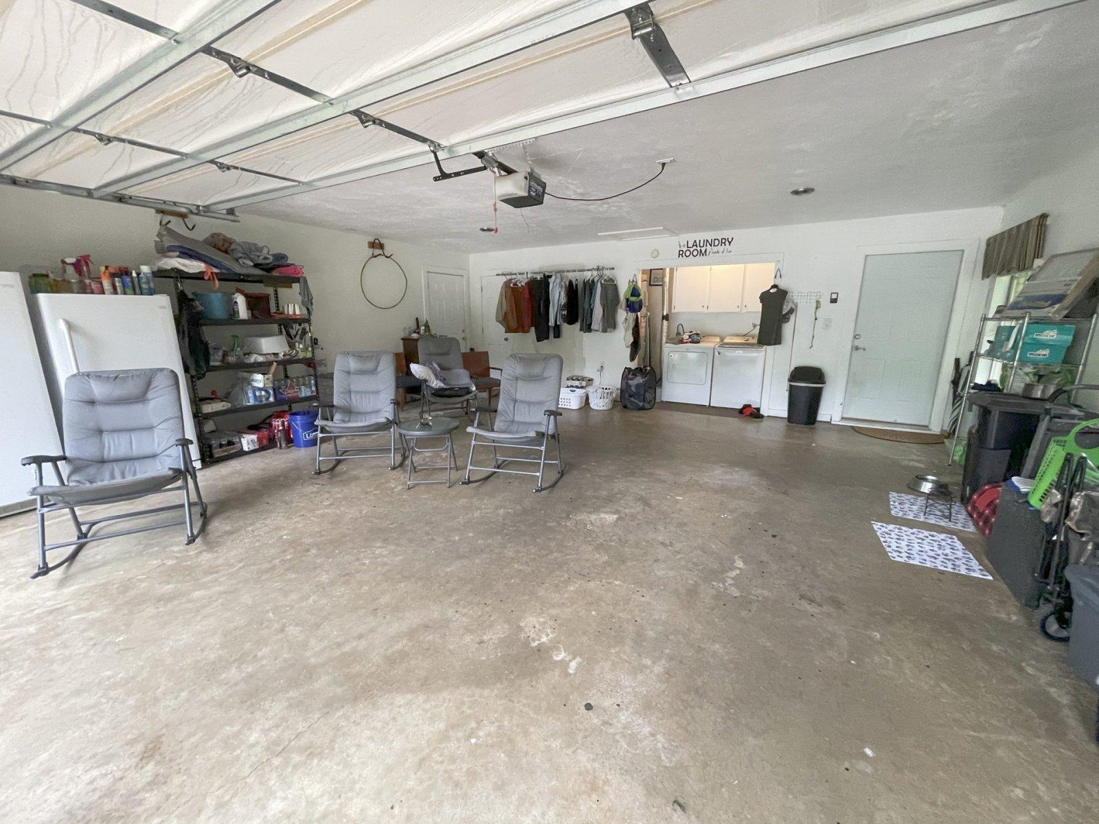 y-garage219wesley
