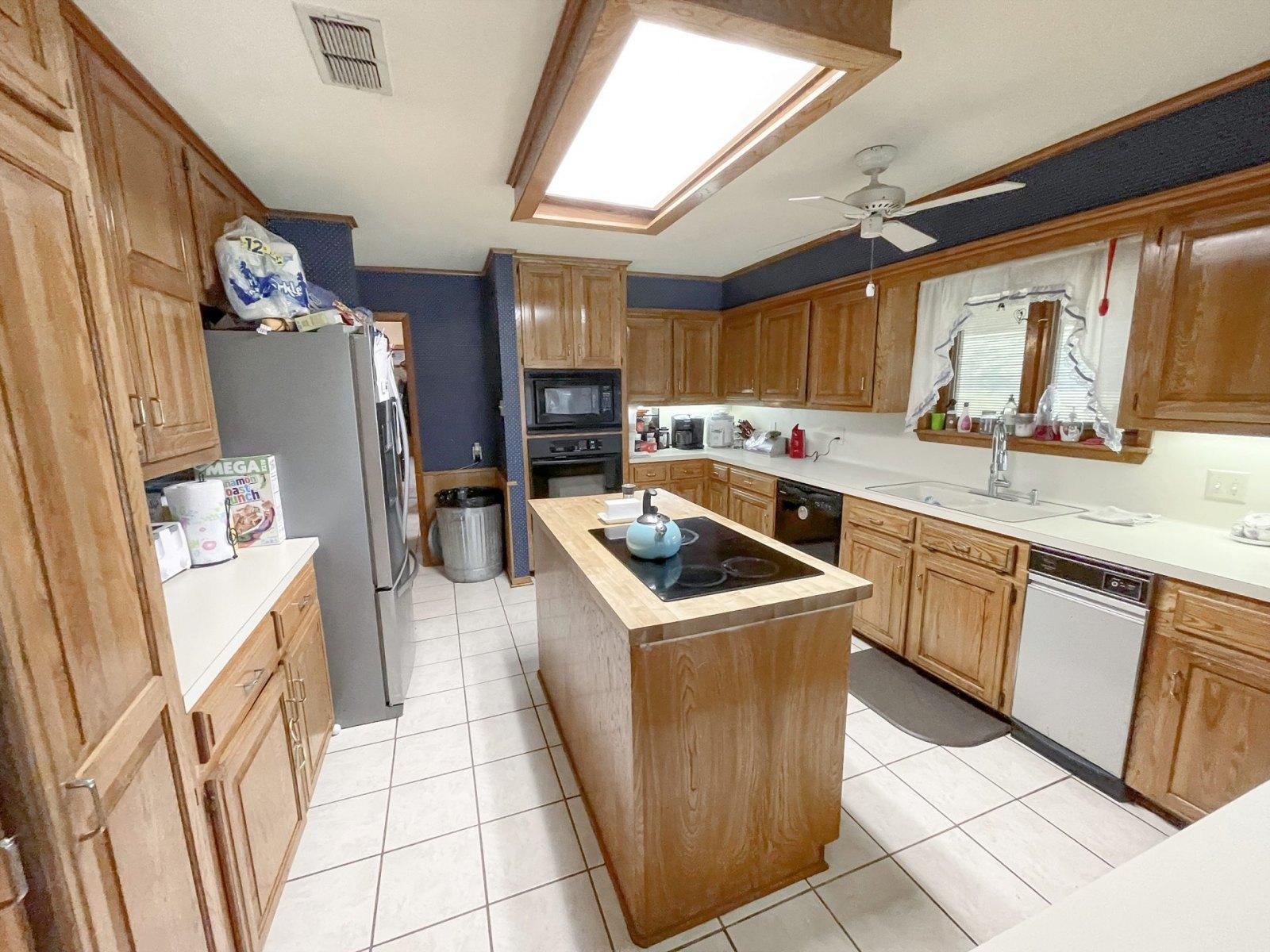 kitchen1-1-hwy84