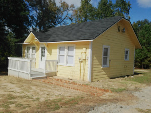 1349 FM 2419 House for rent in palestine, tx