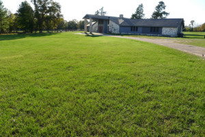 450 ACR 425, Palestine, Tx 75803 - House for Sale