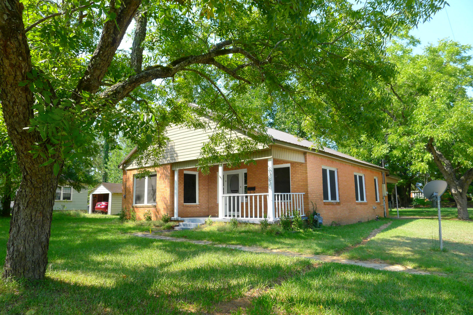 FOR RENT 2 Bed 1 Bath House- 1501 Crockett Rd, Palestine, TX